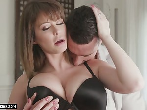 Super sexy wife Emily Addison is fucked and jizzed apart from hot blooded spouse