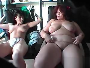 Mutter und Tochter - Hidden Cam!!